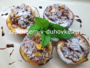 Персики запеченные с миндальной начинкой