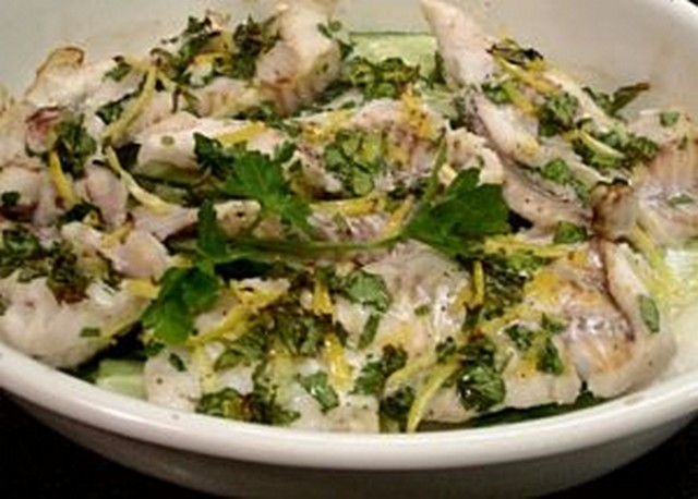 запеченная рыба в духовке с цедрой, сельдереем