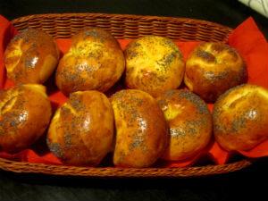 булочки с кокосовой начинкой