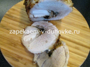 Свиная рулька запеченная в соево-медовом маринаде