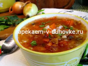 Суп с перловкой говядиной и грибами