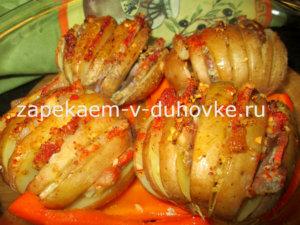 запеченный с беконом картофель