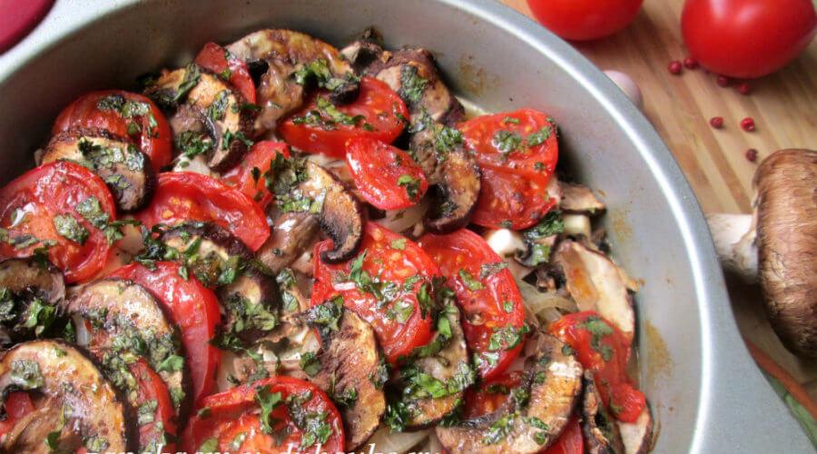Запеканка из овощей с грибами по-гречески