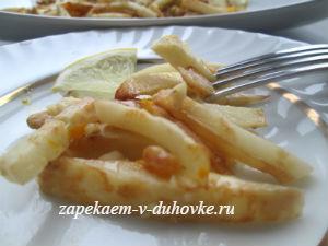 постный салат из сельдерея с орехами