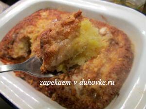 Банановый пирог-крамбл с ореховой крошкой